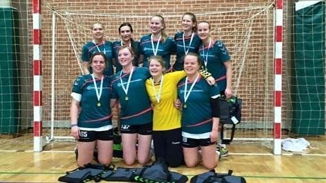 Lyngs håndboldpiger vinder guld i påsken